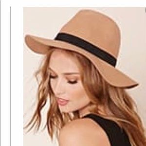 Forever 21 100% Wool Brown Fedora Hat
